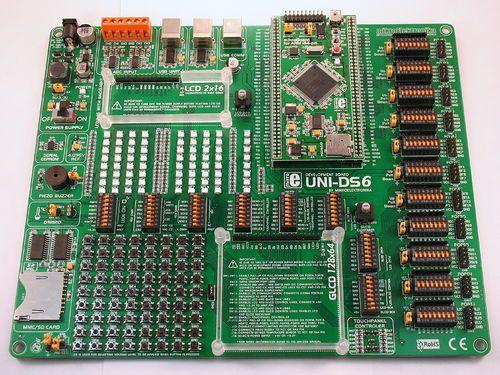 uni-ds6 top.jpg